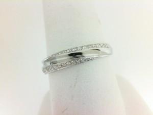 White 14 Karat Wedding Band Wedding Band With 26=0.22Tw Round Diamonds Ring Size: 9.5