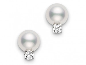 White 18 Karat Earrings With 2=6.00-6.50Mm Round Pearls And 2=0.06Tw Round Diamonds A+ Quality