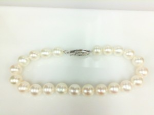 Sterling Silver With 6.5 - 7.00 Mm Fresh Water Pearls 7 1/2 Inch
