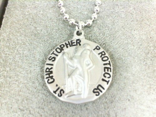 https://www.ackermanjewelers.com/upload/product/001-715-00067.jpg