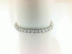 14 Karat White Gold Flexible Band With 17=0.20Tw Round Diamonds