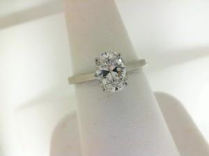 Tacori: 14 Karat White Gold Coastal Crescent Semi-Mount Ring With .06Tw Round Diamonds For 7.5mm Center