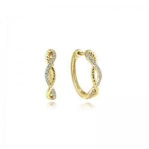 Yellow 14 Karat Small Hoop Earrings With 0.13Tw Round Si2 Diamonds