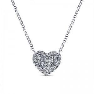 White 14 Karat Heart Pendant With 0.25Tw Round Si1-2 Diamonds