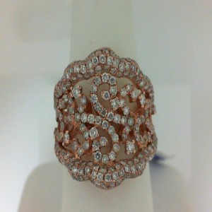 Lady'S Rose 18 Karat Fashion Ring With 204=1.56Tw Round Diamonds Serial #: 489839
