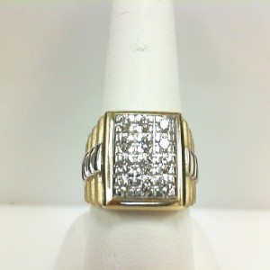 Two-Tone 14 Karat  Ring With 0.49Tw Round G Si1 Diamonds  Ring Size