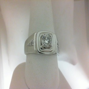 White 14 Karat Gents Fashion Ring With One 0.58Ct Round I Si3 Diamond And 4=0.08Tw Round Diamonds