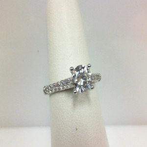 White 14 Karat Milgrain Edge Ring With 0.25Tw Round Diamonds  Name Renaissance  Center Size 6mm