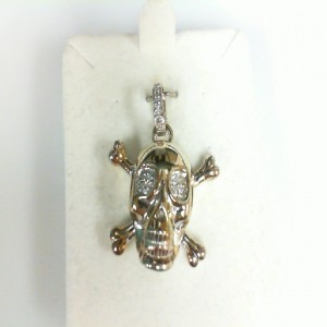White Sterling Silver Pendant With 16=0.05Tw Round Diamonds Name: Skull And Crossbones