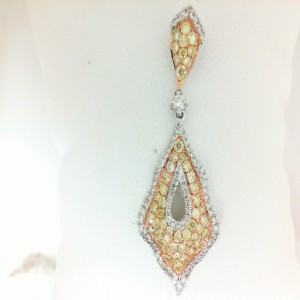White 18 Karat Pendant With 125=1.08Tw Yellow & White Round Diamonds