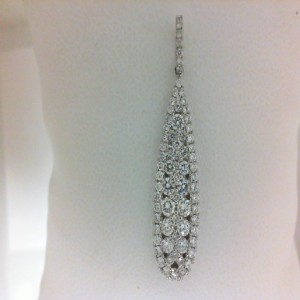 White 18 Karat Pendant With 74=0.83Tw Round Diamonds With 14 Kt Chain