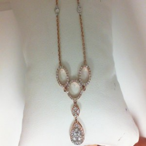 Rose 14 Karat Necklace With 103=0.71Tw Round Diamonds