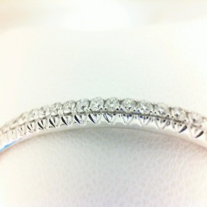 White 14 Karat Bangle Bracelet With 40=0.97Tw Round Diamonds