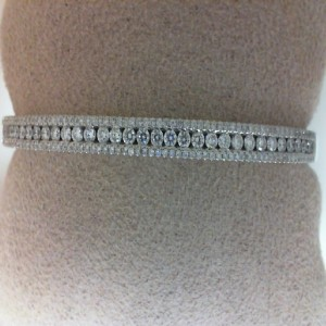 White 14 Karat Bracelet With 174=1.15Tw Round Diamonds