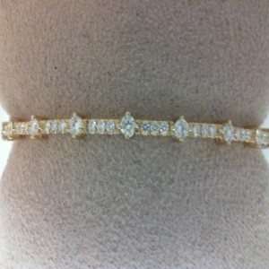 Yellow 14 Karat Bracelet With 33=0.83Tw Round Diamonds