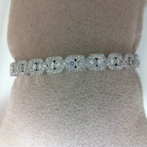 White 14 Karat Bangle Bracelet With 191=1.82Tw Round Diamonds
