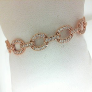 Rose 14 Karat Bangle Bracelet With 84=0.54Tw Round Diamonds