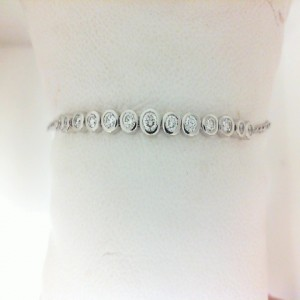 White 14 Karat Bracelet With 13=0.50Tw Round Diamonds
