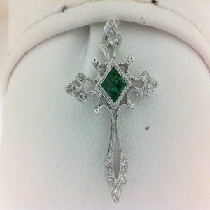 White 14 Karat Pendant With 14=0.07Tw Round Diamonds And 4=0.14Tw Princess Emeralds