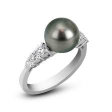 White 18 Karat Ring With 6=0.47Tw Round Diamonds And One 9.00Mm Round Black South Sea Pearl A+