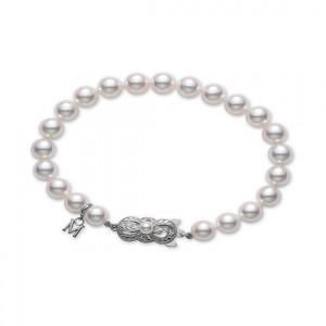 18 Karat White Gold 6X5.5Mm White A Quality Pearl Bracelet - 7 Inch