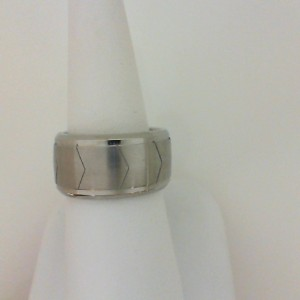 Triton: Gents Stainless Steel 9Mm Satin & Polished Band With Pattern Design - Size 10