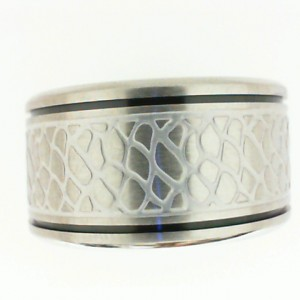 Triton: Gents Stainless Steel 9.5Mm Band With Faux Nugget Design & Black Detail - Size 10