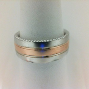 Gent s Rose & White   14 Karat Satin And Polish Engraved Wedding Band Size 10  Diameter 6mm