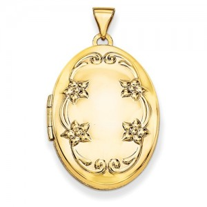 Yellow 14 Karat Oval Locket Pendant With 24 Inch Chain