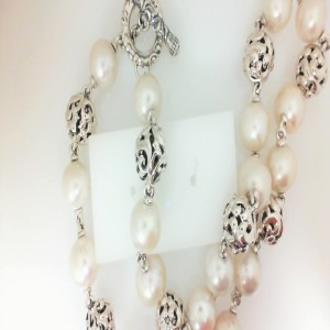Sterling Silver Chain With 18=11.00Mm Round Freshwater Pearls Length: 17.5 Name: Ivy Bead Necklace