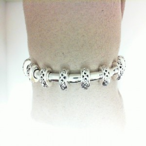 Sterling Silver Chain Length: 7 Name: IVY STATION TUBE BRACELET 14KTW TONGUE CLASP