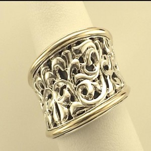 Two-Tone Sterling Silver & 14Ky Filigree Ring Size 6.5 Diameter: 17.5mm