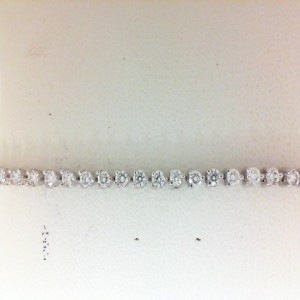 White 14 Karat Bracelet With 59=2.00Tw Round Diamonds