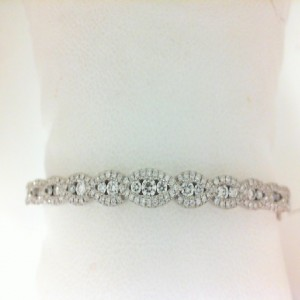 White 14 Karat Bracelet With 163=0.93Tw Round Diamonds