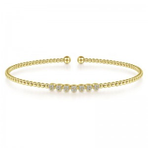 Yellow 14 Karat Bracelet With 0.13Tw Round Si1-2 Diamonds