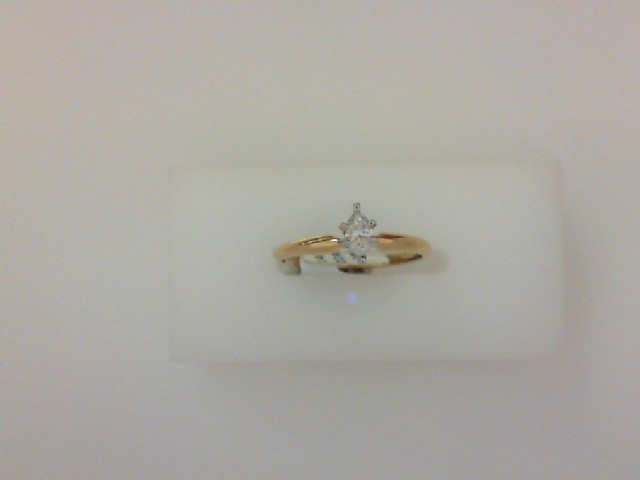 14 Karat Yellow Gold Solitaire Ring With One 0.20Ct Marquise I/J Si1 Diamond