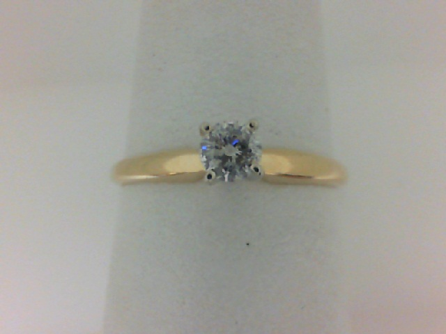 14 Karat Yellow Gold Solitaire Ring With One 0.17Ct Round  Diamond