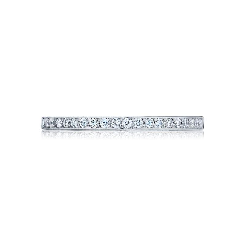 Tacori:18 Karat White Gold Ribbon Half Anniversary Ribbon  Wedding Band With 0.17Tw Round Diamonds Ring Size: 6.5