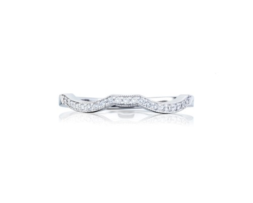 Tacori:18 Karat White Gold Ribbon Shadow Band Wedding Band With 0.10Tw Round Diamonds Ring Size: 6.5