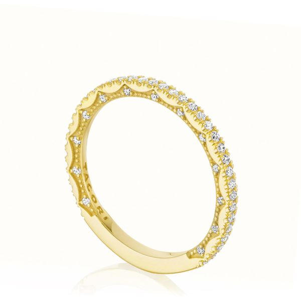 Tacori: 14 Karat Yellow Gold Coastal Crescent Wedding Band With 33=0.19Tw Round Diamonds