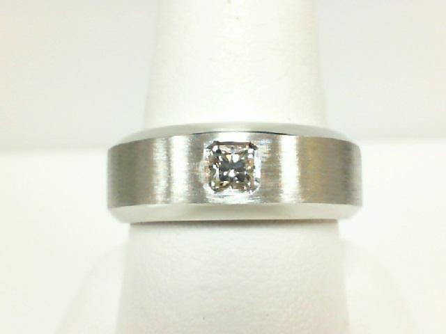 Forevermark: 18 Karat White Gold Wedding Band With One 0.34Ct Forevermark Ideal Square H Vs2 Diamond FM 7128692