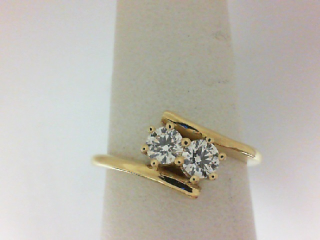 Forevermark: 18 Karat Yellow Ring With One 0.19Ct Forevermark Round J Vs2 Diamond And One 0.19Ct Forevermark Round J Vs2 Diamond FM 7110987 / 2628609