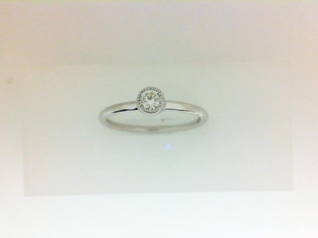 Forevermark: 18 Karat White Gold Tribute Ring With One 0.14Ct Forevermark Round H Vs1 Diamond FM  7727206