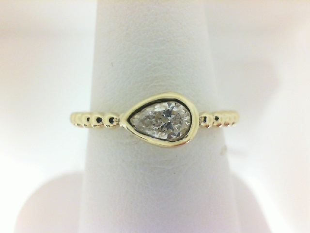 Forevermark: 18 Karat  Yellow Gold Tribute Ring With One 0.31Ct Forevermark Pear F Si2 Diamond Fm 2337369