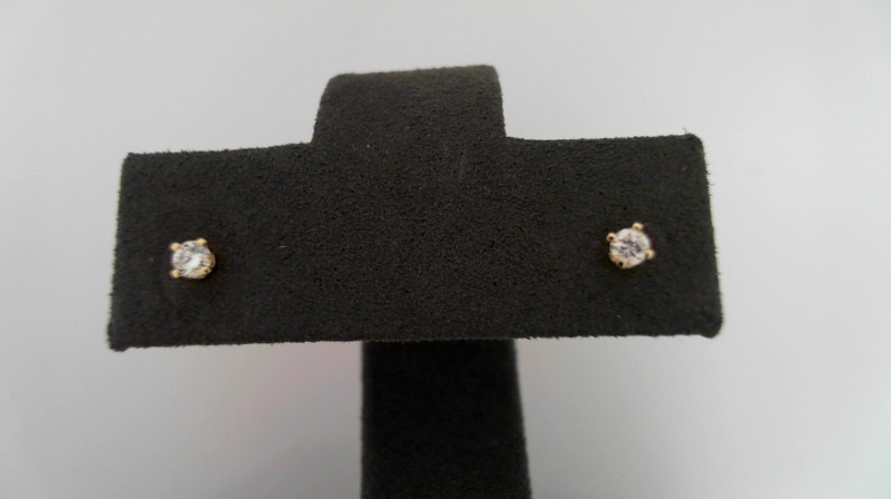 14 Karat Yellow Gold Stud Earrings With 2=0.08Tw Round Diamonds