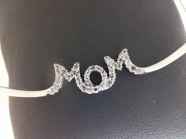 10 Karat White Gold Mom Pendant With 0.20Tw Round Diamonds Length: 18