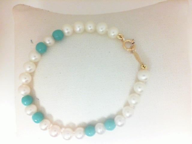14 Karat YellowGold  Freshwater Pearl Bracelet With Blue Beads 5.5