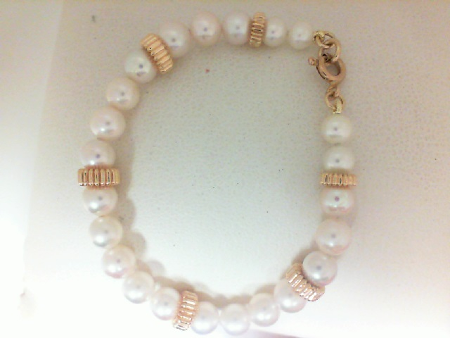 14 Karat Yellow Gold Freshwater Pearl Bracelet With Gold Beads 5.5 Inch