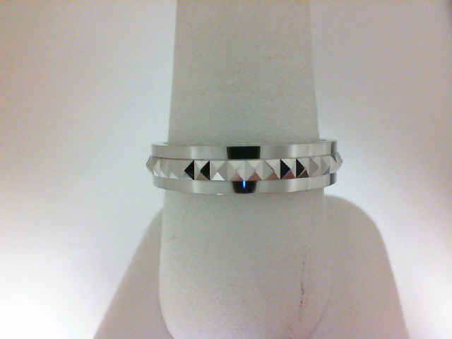 Karl Lagerfeld: White 18 Karat Wedding Band Size 10 Diameter: 5 mm Name: Pyramid Kollection