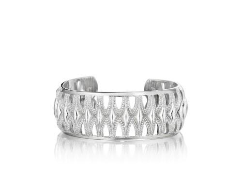 Tacori: Sterling Silver  Classic Rock Crescent  Cuff Bracelet Length: Medium Diameter: 24mm
